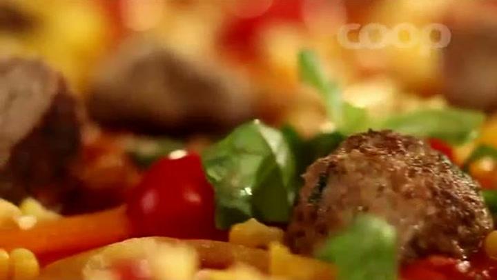 Hvordan lage pizza med kjøttboller