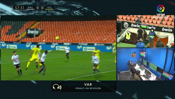 Gol de Gerard Moreno (p.) (0-1) en el Valencia 2-1 Villarreal