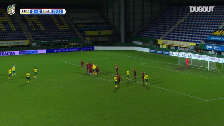 Schuurs' incredible free-kick vs RKC