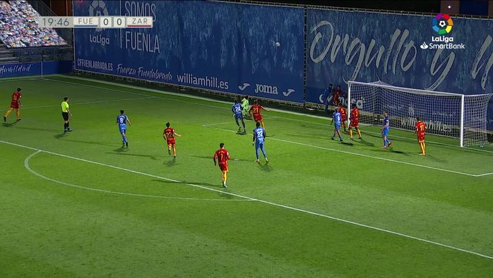 Cristian paró el penalti de Iban Salvador