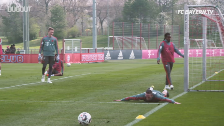Franck Ribéry Shows Skills in Training