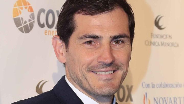El misterio que se esconde tras una foto de Iker Casillas de hace veinticinco años