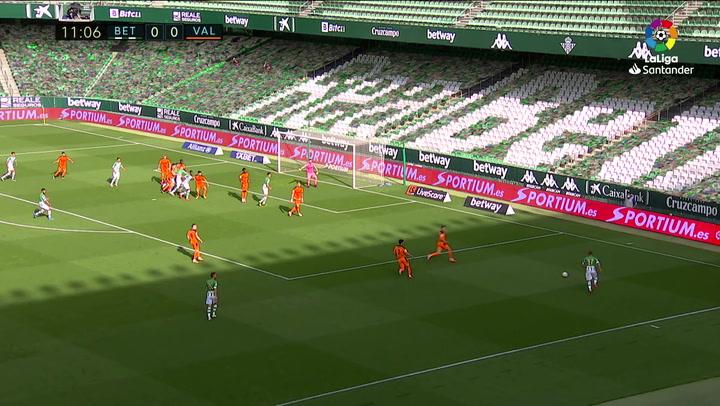 Gol de Fekir (1-0) en el Betis 2-2Valencia