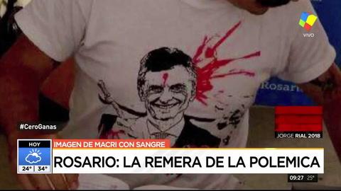Polémica en Rosario por el empleado municipal que atendía con una remera agraviante a Macri
