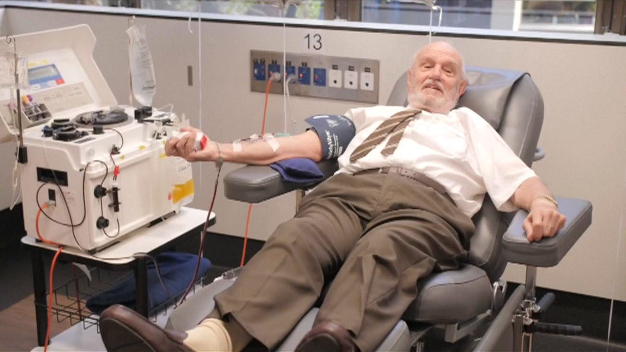 video: Curioso donador