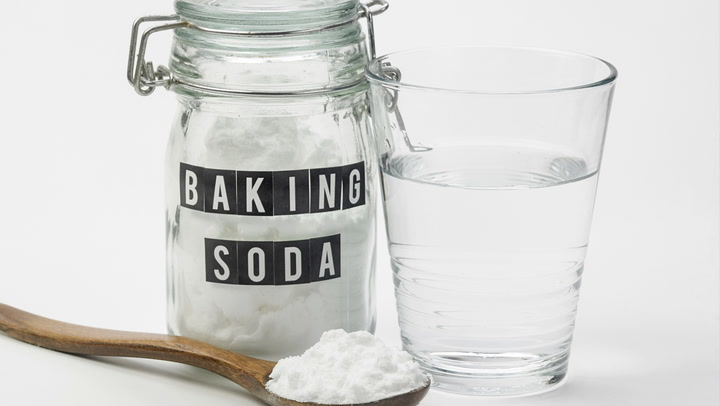 5 Brilliant Ways to Use Baking Soda in Your Home