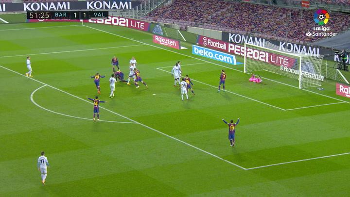 Gol de Araújo (2-1) en el Barcelona 2-2 Valencia