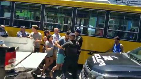 Imputaron por resistencia a la autoridad a las cuatro personas que agredieron a personal policial y municipal