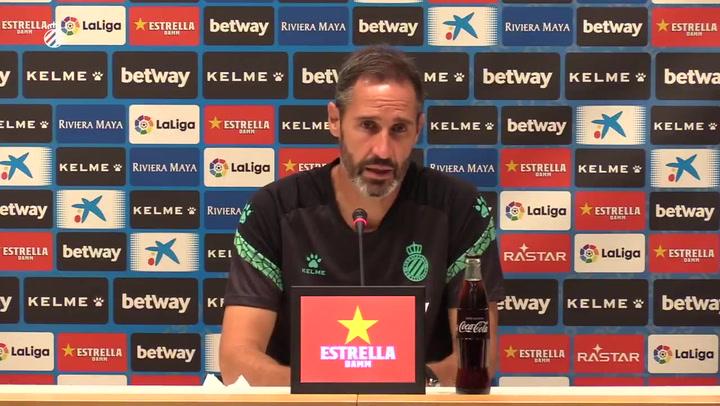 """Vicente Moreno: """"Nadie me ha dicho que pueda contar con un jugador o con otro"""""""