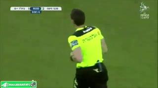 Lo más viral en el fútbol: árbitro solicita VAR para revisar jugada y le muestran video del parqueo