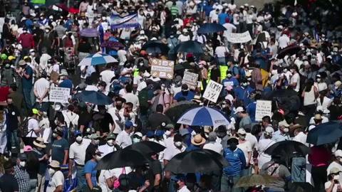 Protestan en El Salvador contra el bitcóin y gestión de Bukele
