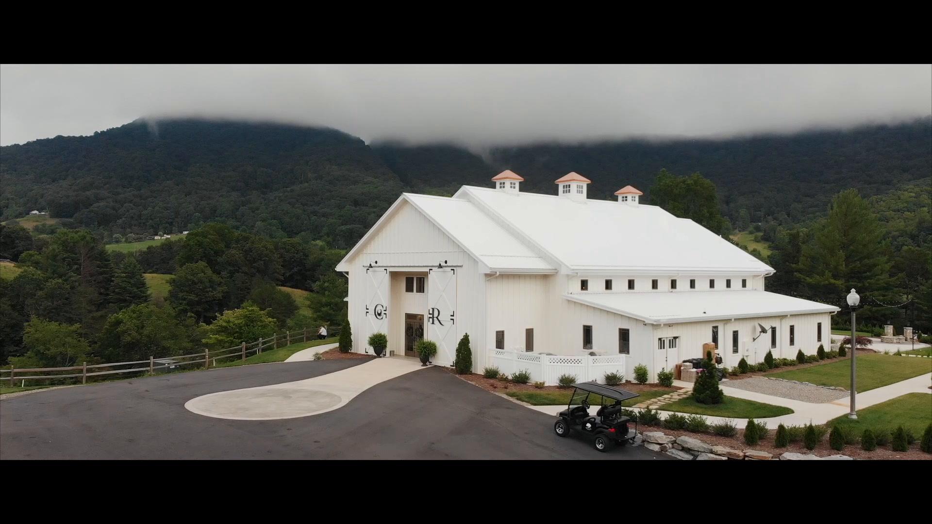 Meagan  + Brent | Canton, North Carolina | Chestnut Ridge