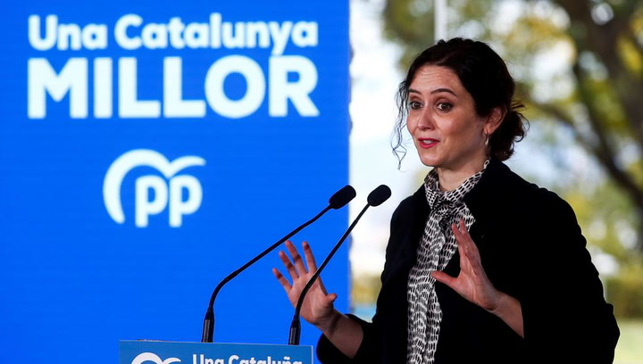 Ayuso aviva la polémica: ¿Es un delito que en Cataluña, con el clima que hay, esté todo cerrado?