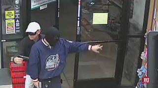 Las Vegas police look for armed robbers