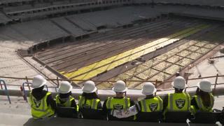 Las Vegas Raiders install the first seats at Allegiant Stadium