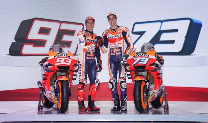 Marc y Àlex Márquez presentan en Indonesia sus armas Repsol Honda