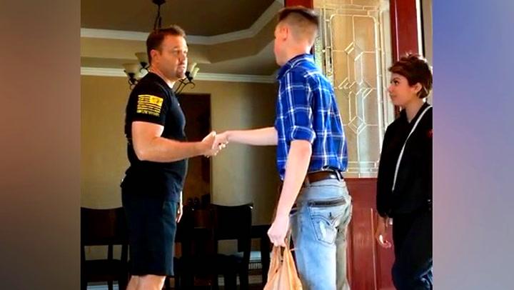 Gutten blir hvit av skrekk i møtet med «svigerfar»