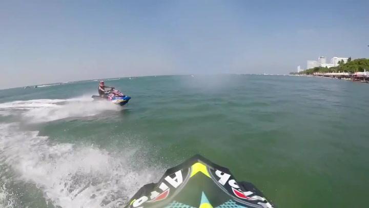 Así pilota Cris Lazarraga su moto de agua