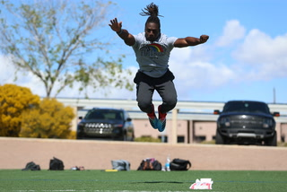 Ikem Okeke Trying to get Noticed By NFL Scouts With His Pro Day Canceled Due to Coronavirus – Video