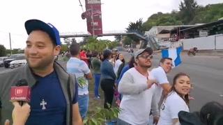 Nutrida barra de aficionados en el Hato apoyando a ciclistas