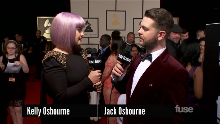 Shows: Grammys 2014: Watch Jack & Kelly Osbourne Compare GRAMMY Red Carpet Outfits