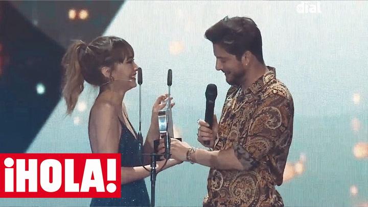 Aitana \'pierde\' a Manuel Carrasco: no te pierdas el momento más divertido de los Premios Cadena Dial