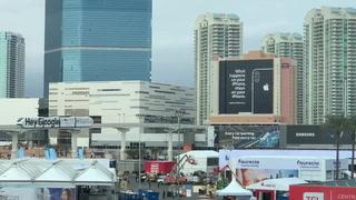 CES 2019: Apple's billboard