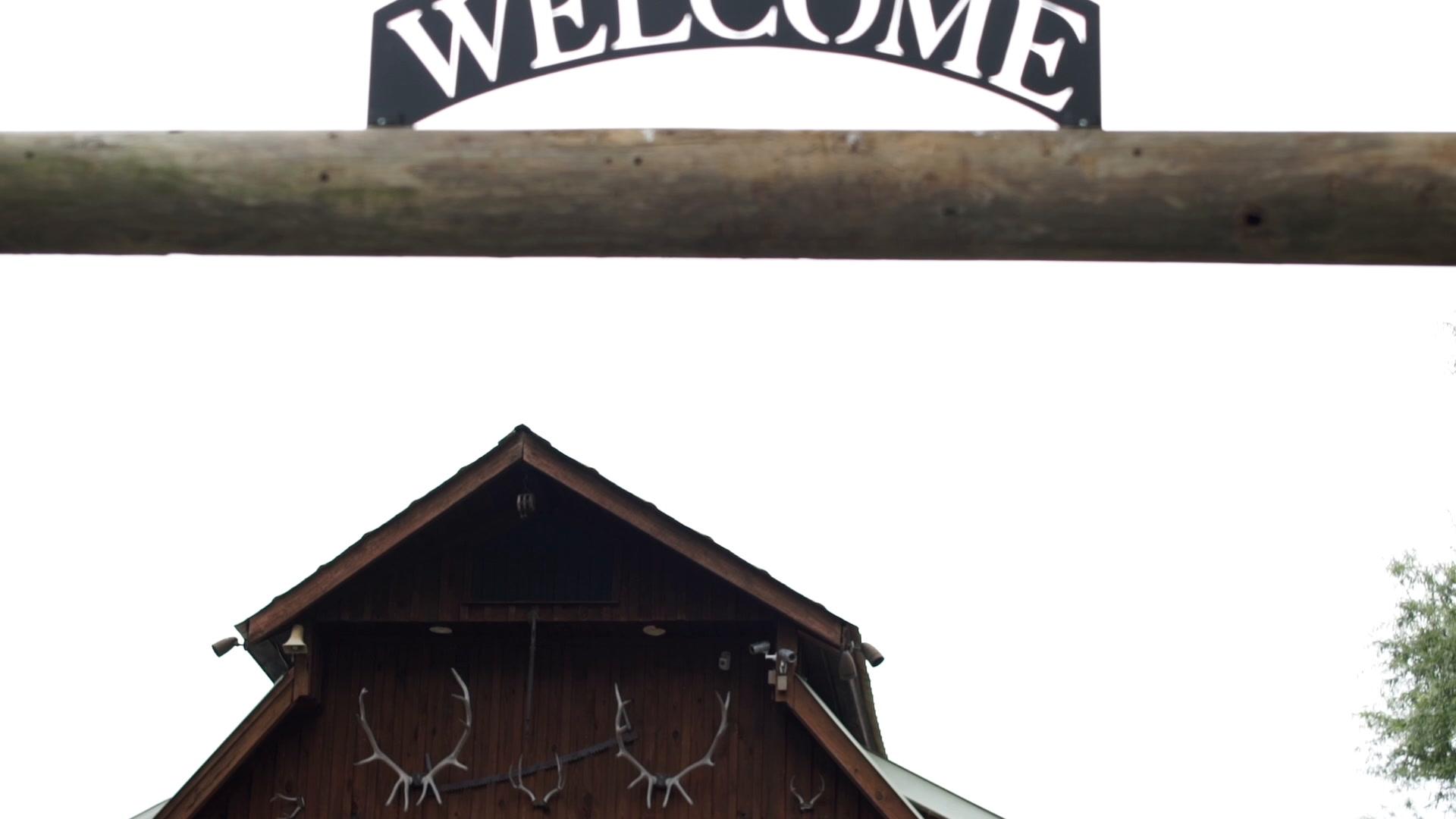 Austin + Hannah | Waleska, Georgia | LeWallen Farms