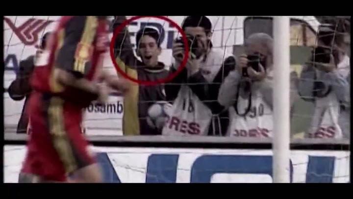 Oficial: Arda Turan regresa al Galatasaray