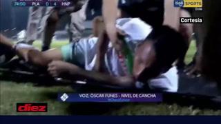 Colombiano Aldair Peña sufre tremendo choque en el Platense-Honduras Progreso y es llevado de urgencia al hospital