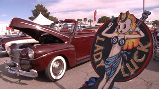Rockabilly fans enjoy Las Vegas weather poolside