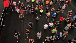 Rock 'n' Roll Las Vegas Marathon attracts 35,000-plus runners – VIDEO