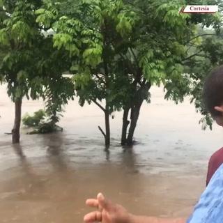 Incomunicados en San Antonio de Flores por desbordamiento de río