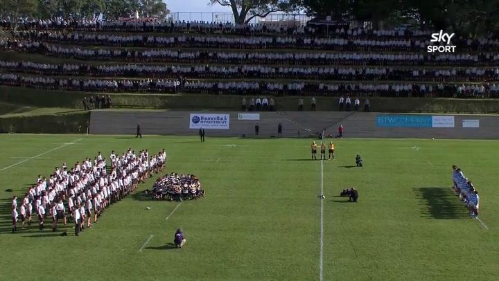 Impresionante 'haka' en un partido de rugby entre escuelas