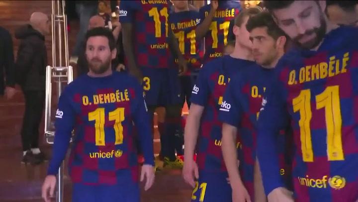 Los jugadores del Barça muestran su apoyó a Dembelé