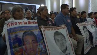 México instala comisión para esclarecer caso de 43 estudiantes