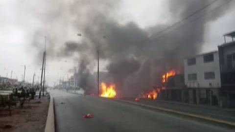 Dos menores y un adulto fallecen por la explosión de un camión cisterna con gas en Lima