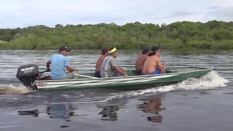 Caciques de Brasil, preocupados por la salud indígena y las políticas de Bolsonaro