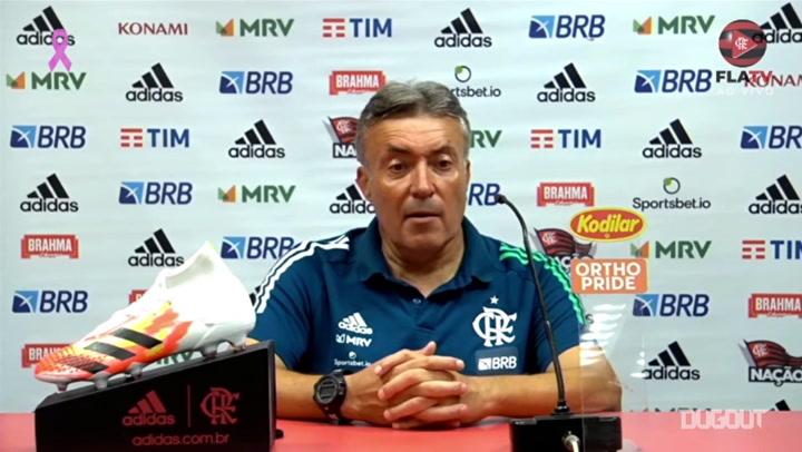 """Domènec Torrent: """"Não falem que o VAR beneficia o Flamengo"""""""
