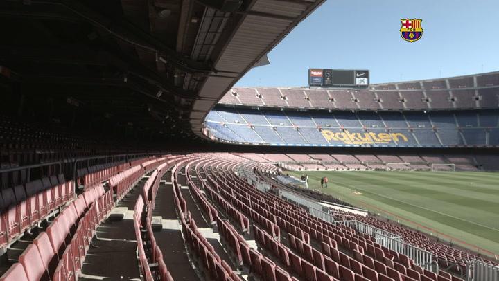 Entrenamiento y partidillo del Barça en el Camp Nou