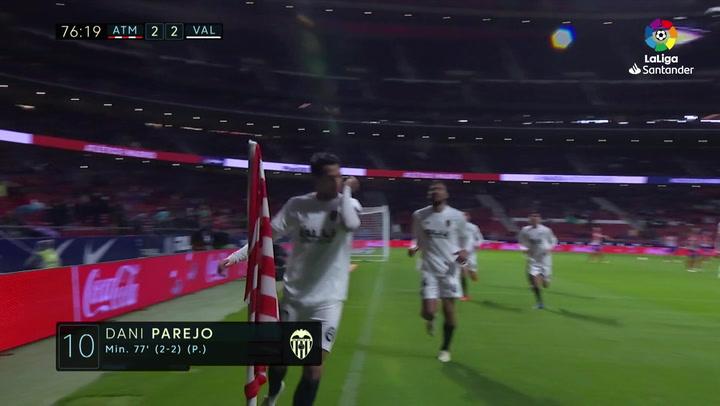 LaLiga: Atlético Madrid - Valencia. Gol de Dani Parejo de penalti en el minuto 77 (2-2)