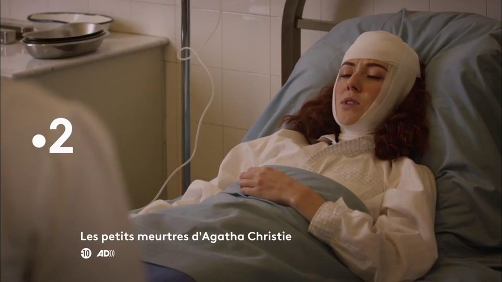 Les petits meurtres d'Agatha Christie : Meurtres en solde