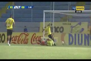 Rony Martínez rompe su mala racha y anota su primer gol del torneo con Real España