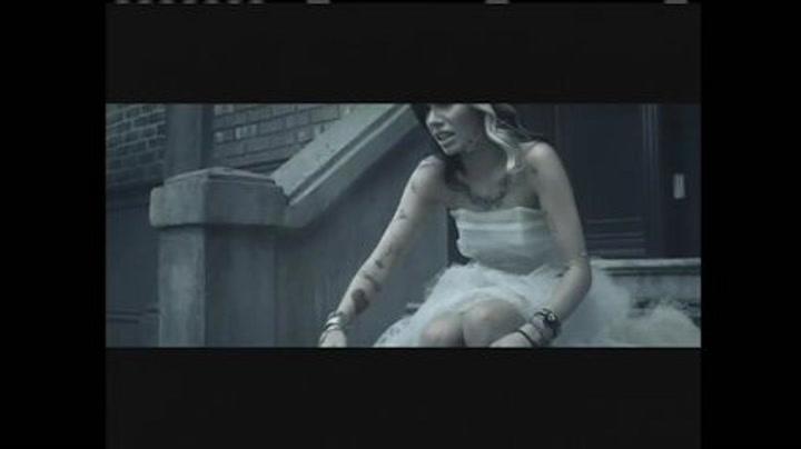Music Video: Christina Perri - Jar Of Hearts