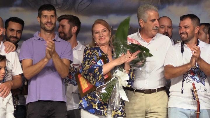 Gloria Mohedano y Rosa Benito muy emocionadas en Chipiona