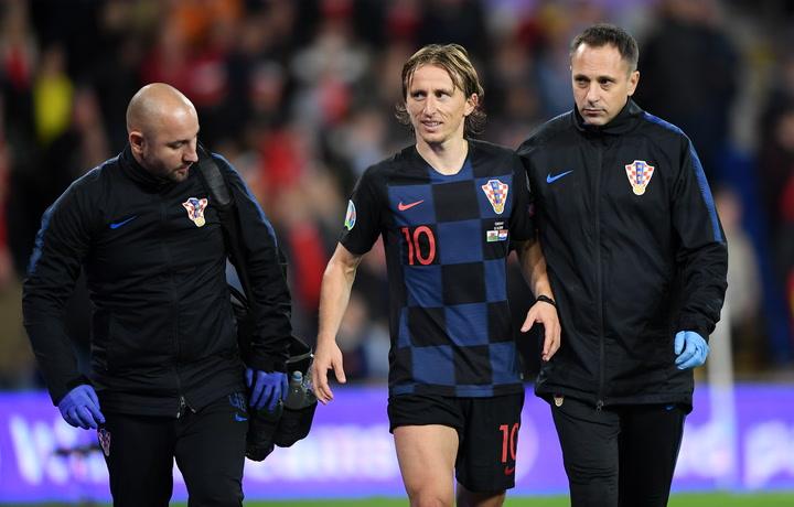 Modric se retira lesionado del duelo entre Croacia y Gales