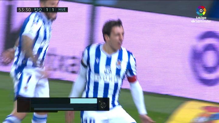 Gol de Oyarzabal (2-1) en el Real Sociedad 4-1 Huesca