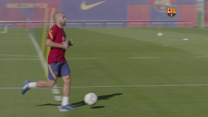 La nueva imagen de Jordi Alba tras someterse a un implante capilar