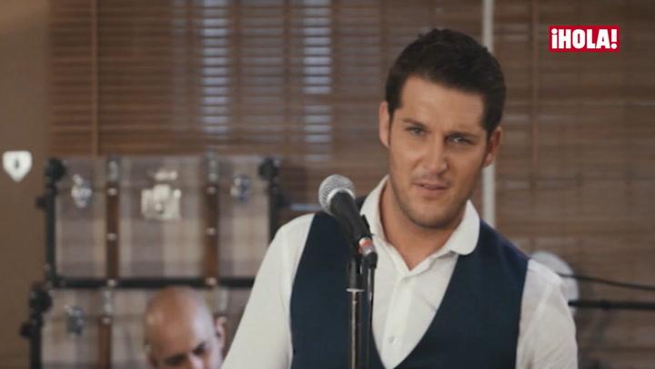 Manu Tenorio canta para su hijo la canción que le dedicó, \'Paso a paso\'