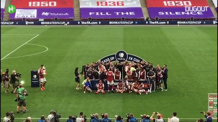 أرسنال يرفع كأس إنجلترا ٢٠٢٠